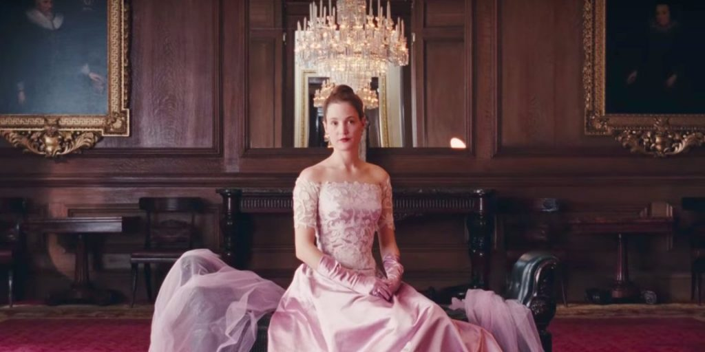 phantom-thread-star-vicky-krieps-opens-up-about-the-movies-grueling-shoot-and-working-with-daniel-day-lewis