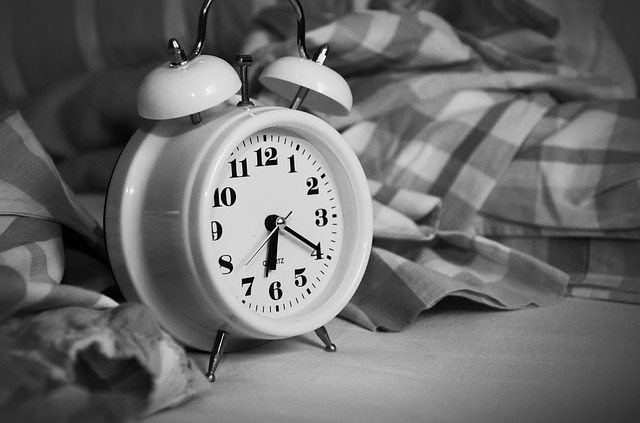 alarm-clock-1193291_640