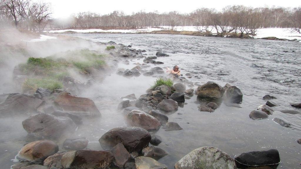 hot-springs-2300663_1280