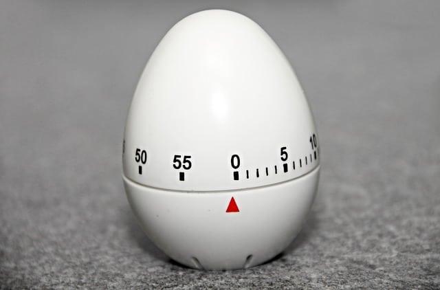 short-time-alarm-clock-3156248_640