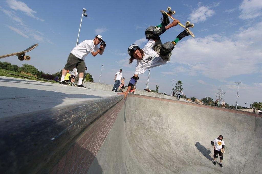 skateboard-1674624_1280