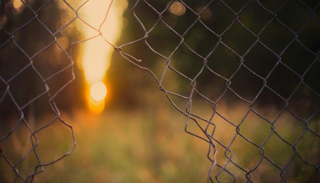 broken-chainlink-fence
